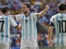 Гол Игуаина приводит Аргентину  к полуфиналу ЧМ-2014