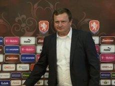 Наставник чехов Павел Врба обещал всем болельщиками пива на следующий матч, если команда выиграет у Турции