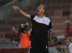 Хоакину Капарросу надлежит решить еще и скандал с договорными матчами
