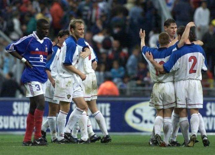 Мостовой: приятно вспоминать матч с Францией 1999 года, без прошлого не будет будущего