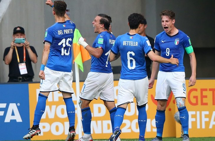 Молодежная сборная Италии