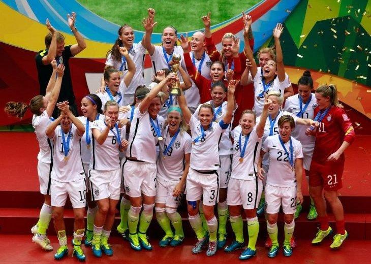 Ефремов: надеюсь, ЧМ среди женщин вызовет интерес к женскому футболу в России
