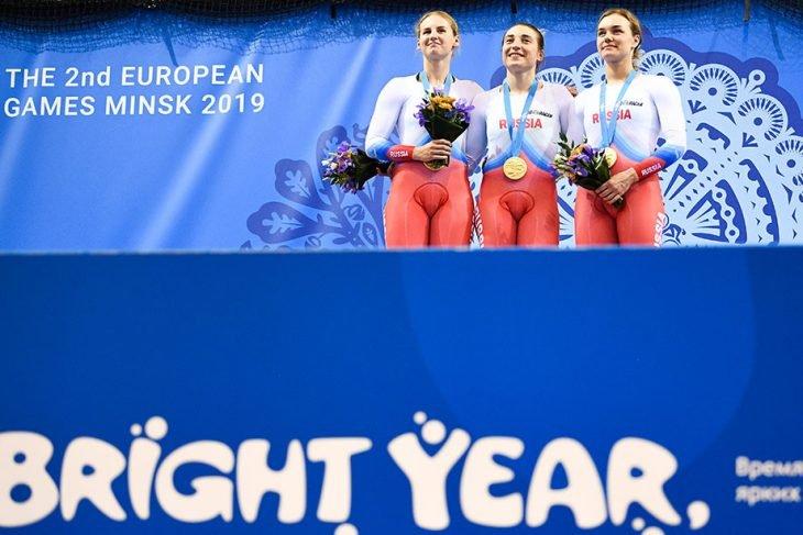 Сборная России сохраняет лидерство в медальном зачете