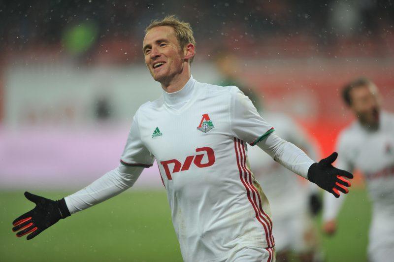 Владислав Игнатьев тренируется в общей группе