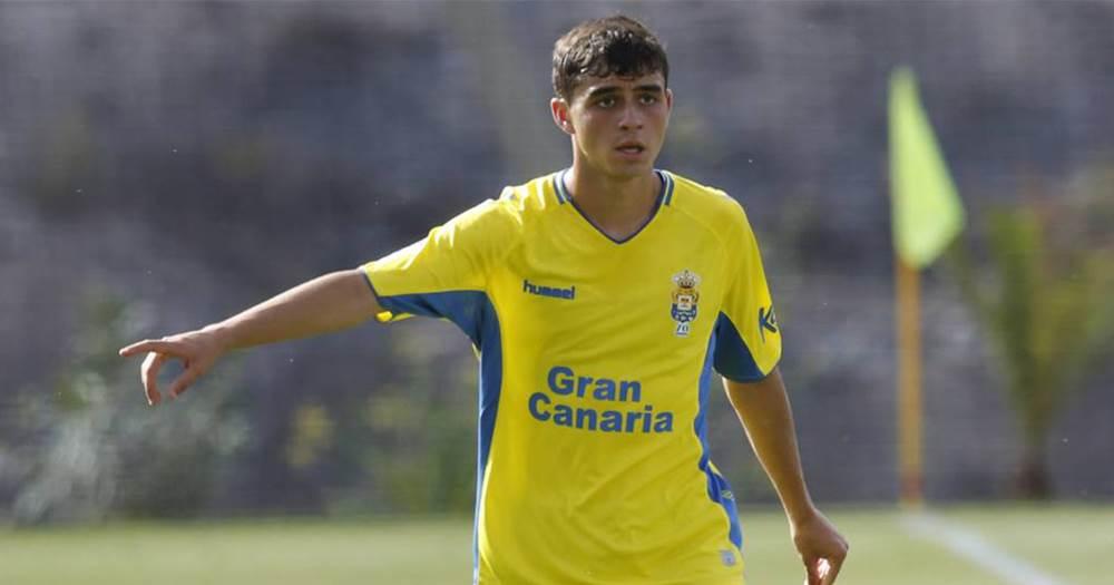 «Барселона» подписала 16-летнего игрока «Лас-Пальмаса» за 5 млн евро
