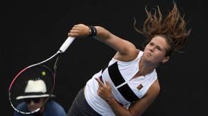 Касаткина вылетела с Australian Open, Потапова вышла в третий круг