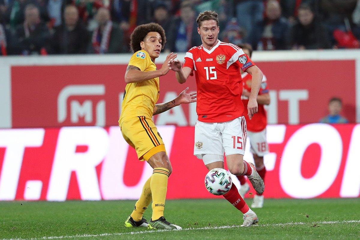 Алексей Миранчук вышел в атаке рядом с Дзюбой, но забил только защитник Джикия