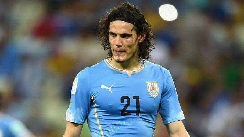 Сборная Уругвая благодаря голу Кавани обыграла Венгрию