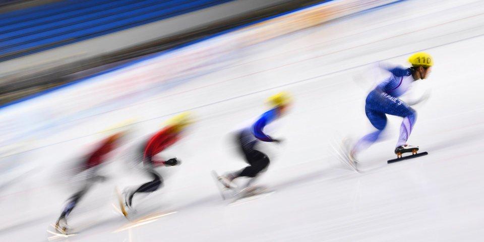 Сборная России по шорт-треку одержала победу в гонке на 2000 м на этапе в США