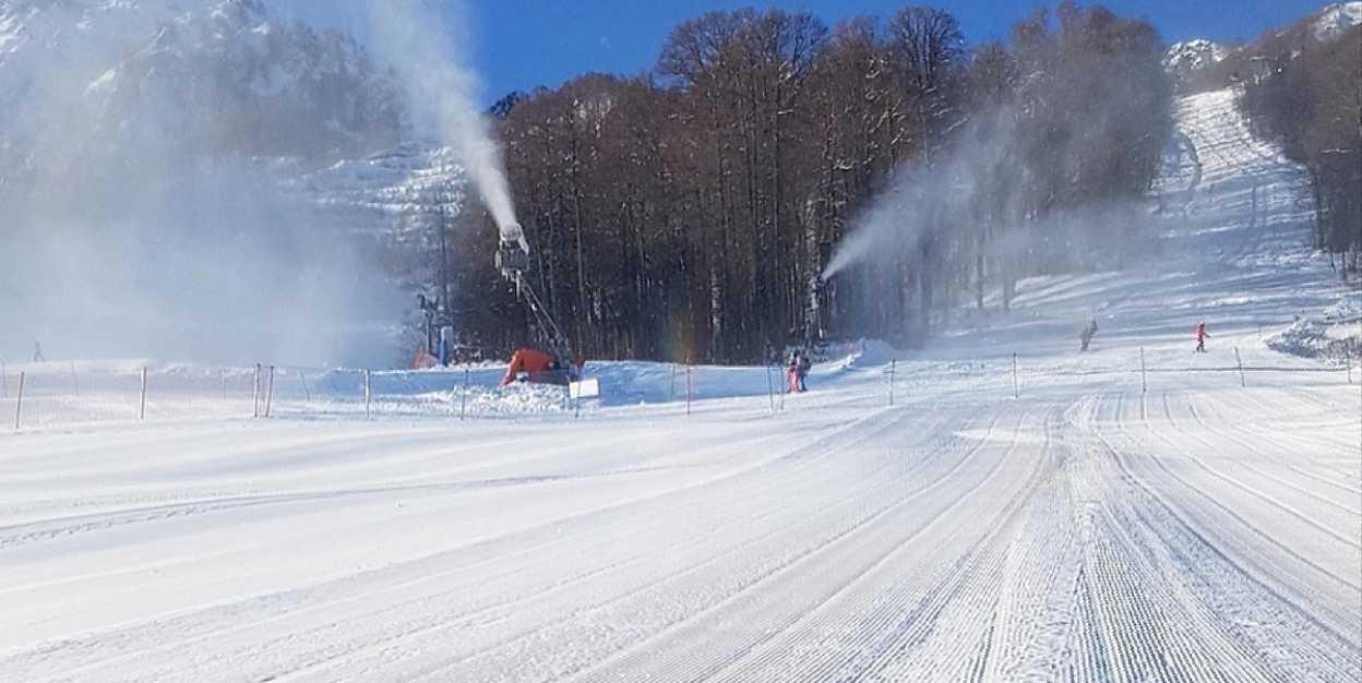 На Кубка мира по горнолыжному спорту в Сочи отменили соревнования в скоростном спуске