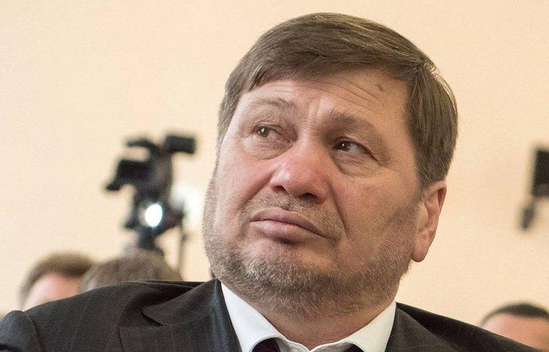 Одес Байсултанов