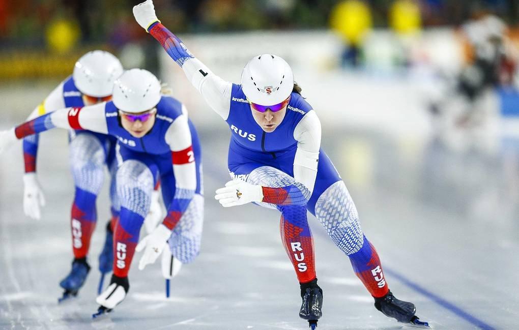 Конькобежный спорт. Женская сборная России заняла второе место в спринте на ЧМ