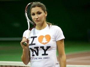 Уткин вступился за экс-теннисистку Бычкову, отстраненную от работы за оскорбления блогера-колясочника