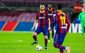 Руководство «Барселоны» затеяло масштабную чистку состава