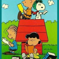 Snoopy Loves Books 1