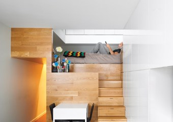 Pozner House (500 sq ft) in Greenwich Village, NYC by Jordan Parnass Digital Architecture