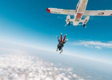 'One day I woke up and found I was a skydiver' Story by 9 year old Bookosmian from Kolkata