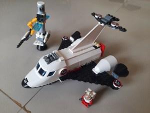 Lego blocks spacecraft - Dear grandpa, guess what I made?