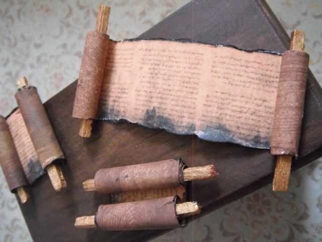 l delaney miniature scrolls