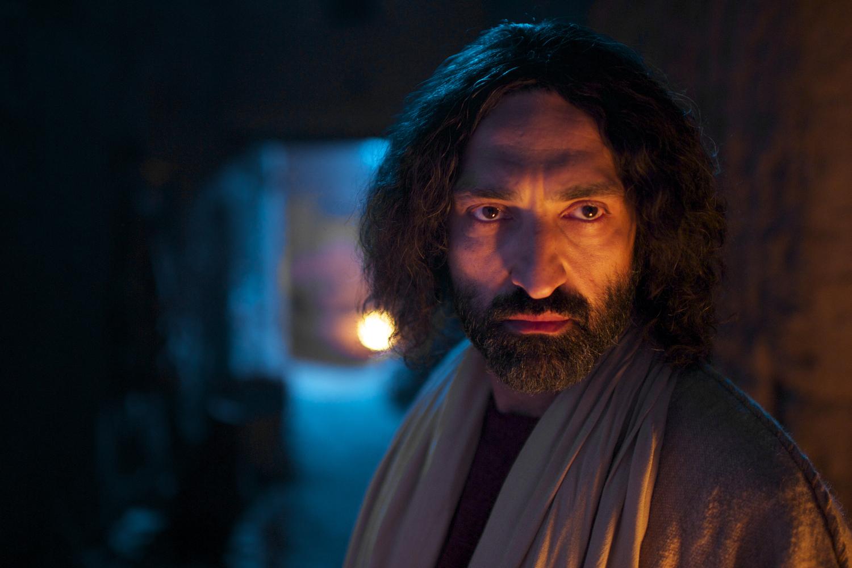 movie review the gospel of john walking with jesus