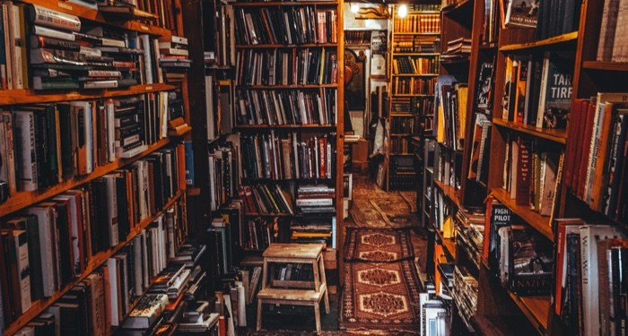 Let an Indie Bookseller Pick the Best Book Subscription for You