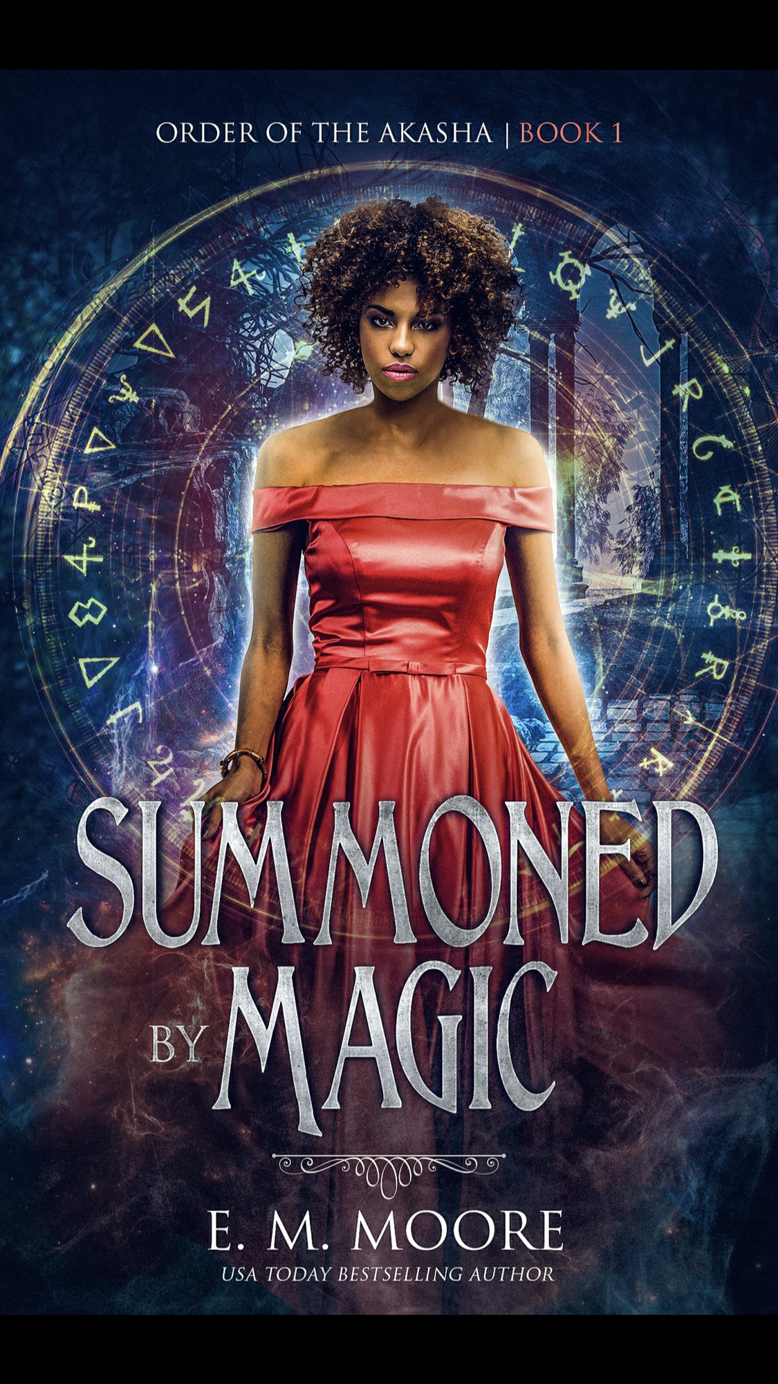 Summoned By Magic by E.M. Moore - Book Review #FastBurn #RH #WhyChoose #UrbanFantasy #ReverseHarem #FirstInSeries