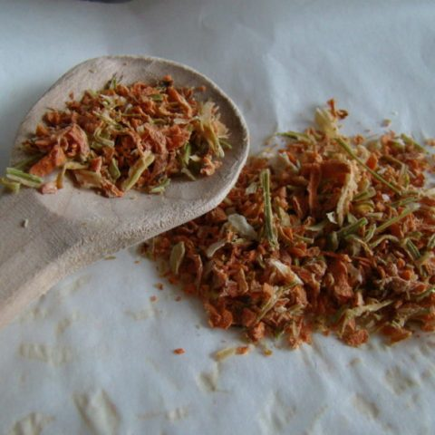 Homemade Dried Vegetables for Soup (No Additives)
