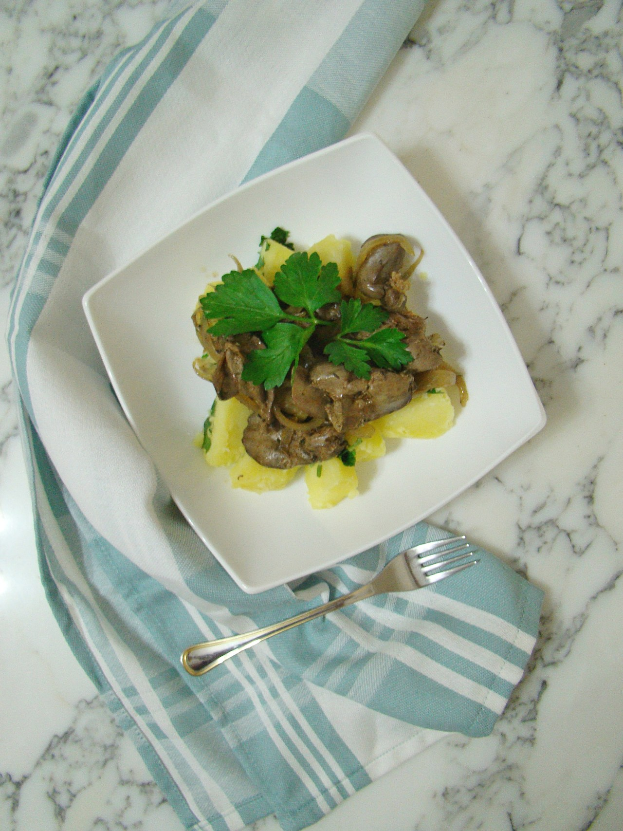 chicken liver with onion