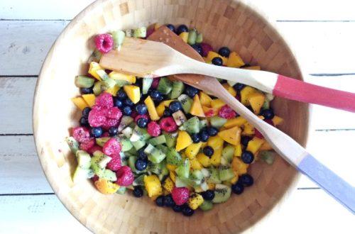 Poppy Seeds and Lime Fruit Salad   booksandlavender.com