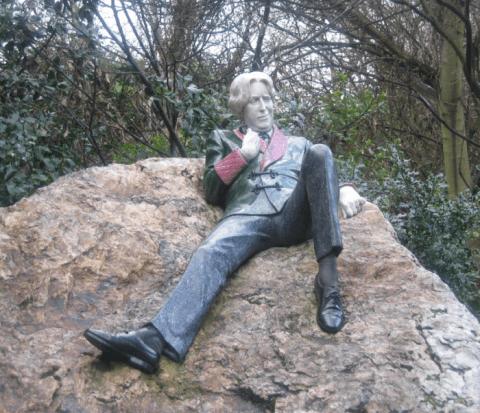 Statue of Oscar Wilde in Dublin, Ireland. Photo by Chris Adamson