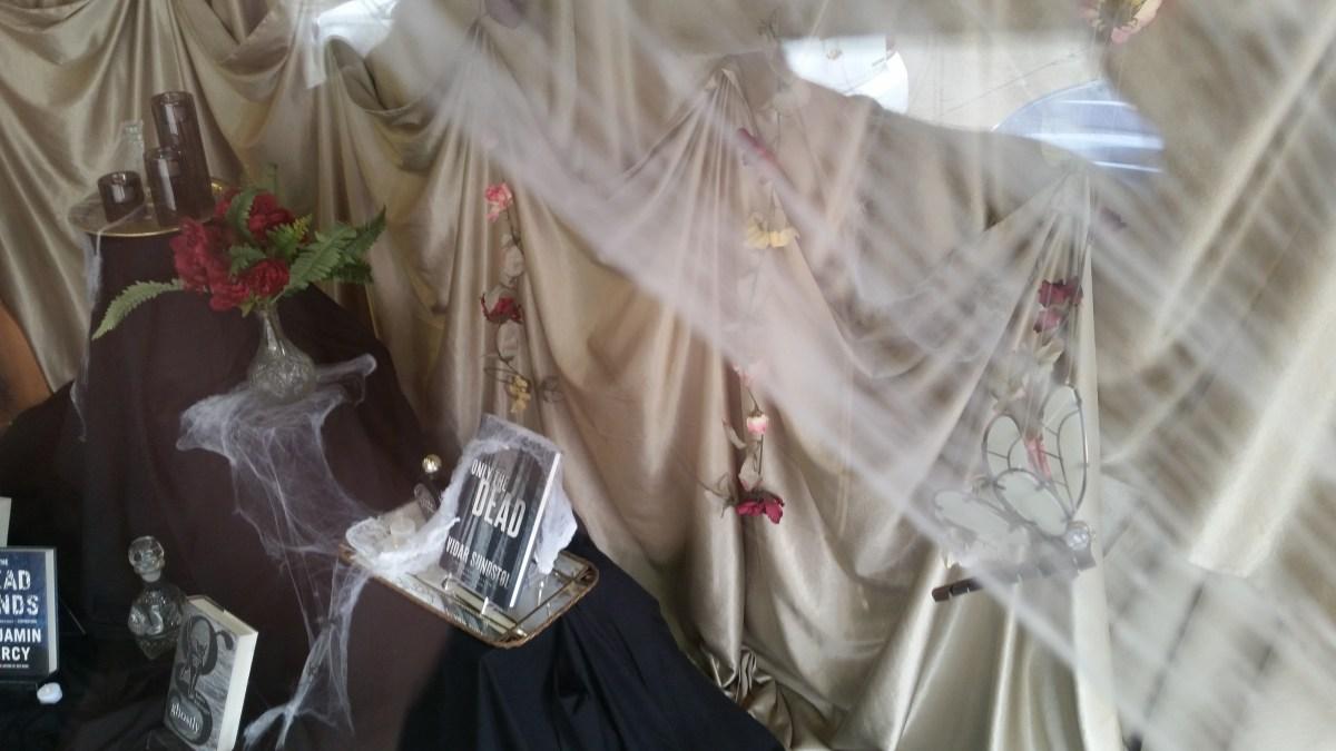 Halloween Jamin.Halloween Display Contest And The Winner Is Books Whatnot