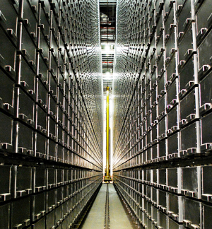 Robotic shelving and retrieval system at the University of Chicago. Despite the high-tech application, the information is still pigeonholed.