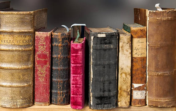 10 books that every educated person should read.