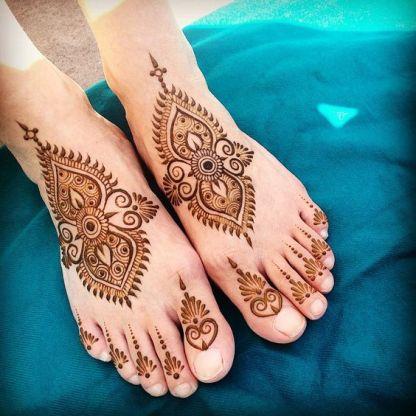Рисунки мехенди - природное украшение