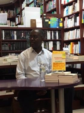 Louis-Philippe Dalembert, Librairie Le Point de Côté (Suresnes) photo www.booksmoodsandmore.com