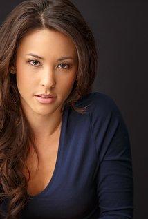 Kaitlyn Leeb as Camille