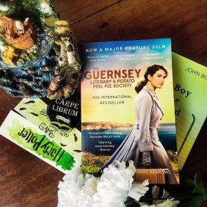 Guernesy Literary and Potato Peel Pie Society by Mary Ann Shaffer and Annie Burrows