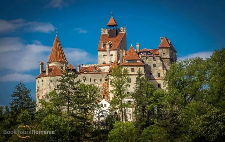 day trip from Bucharest to Bran Castle