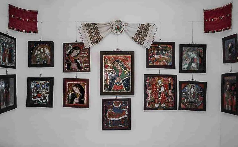 icons painted on glass at sibiel