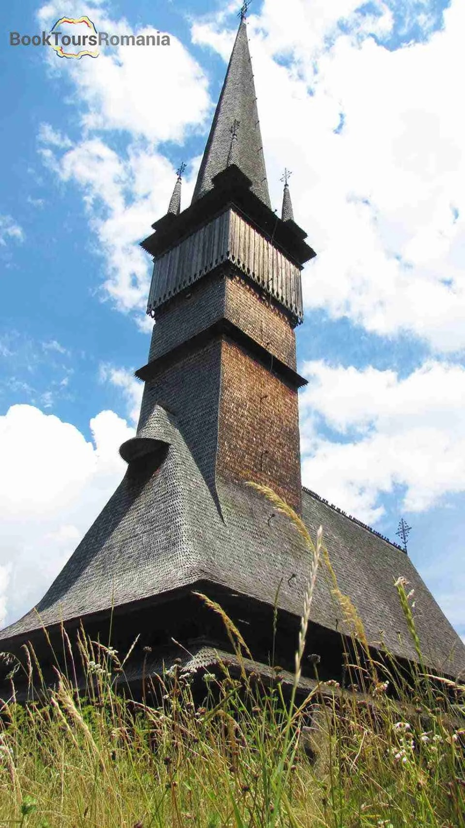 Surdesti - the tallest wooden church