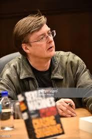 Andrew James Hartley (Author)