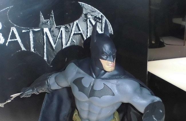 バットマン…「バットマン 100% HOT TOYS」より