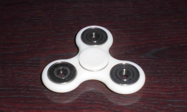 ハンドスピナー(Fidget Spinner)