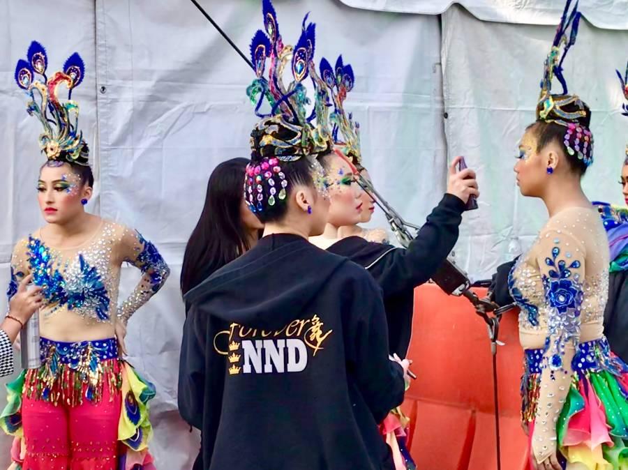Lisa Lee Herrick_Hmong New Year 04_dancers