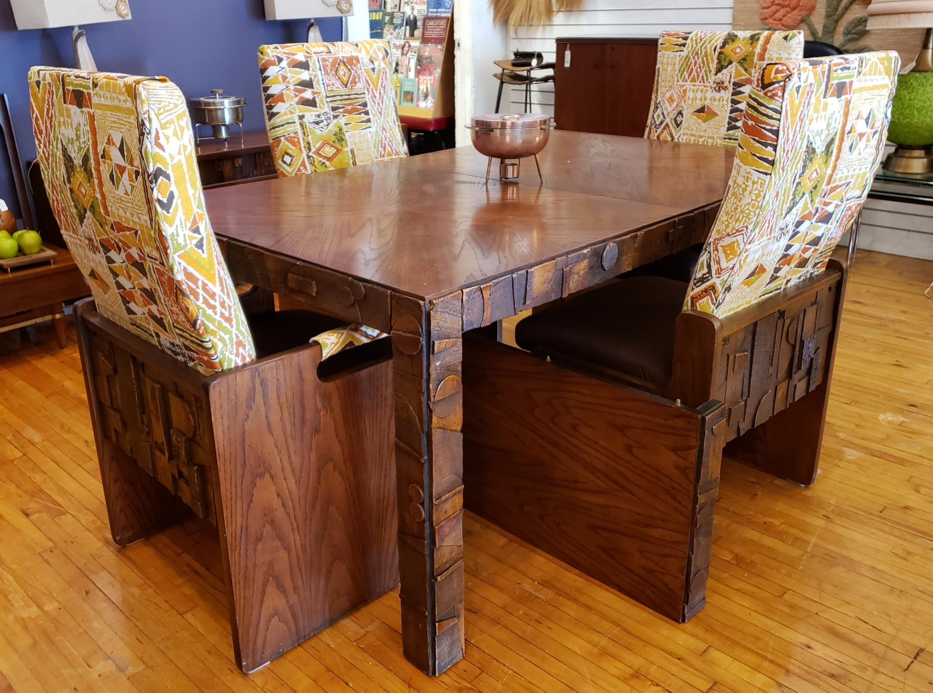 dining and credenza boomerang room