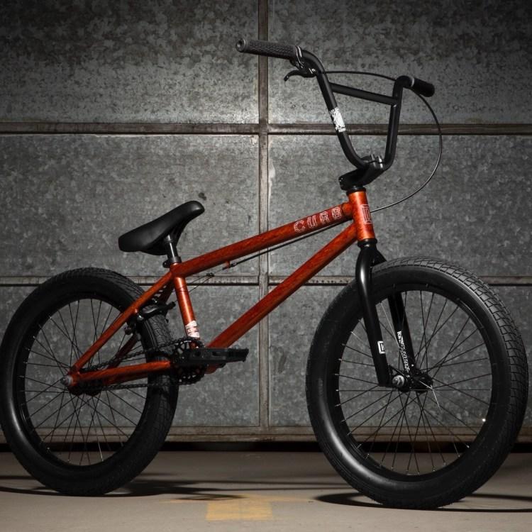 bike kink 2 curb