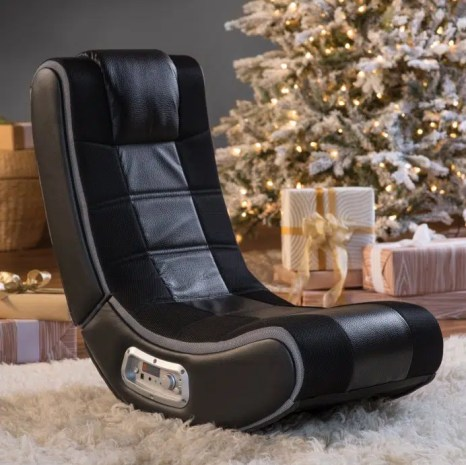 X Rocker SE gaming chair with seakers