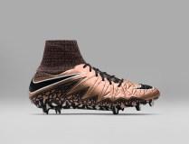 Nike_Football_LIQUID_CHROME_HYPERVENOM_PHANTOM_FG_747213_903_A_original