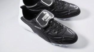 16AW_PR_TS_Football_Q4_King-MII_2