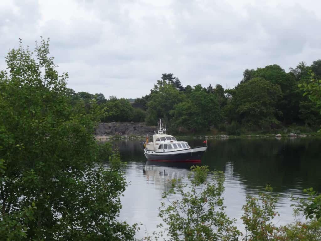 In einer Bucht in den schwedischen Schären.